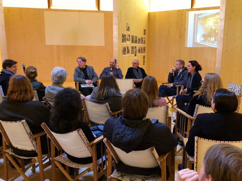 """Foto von der Tagung """"Lehre - Ästhetik - Wirtschaft: Kann das Bauhaus das?"""""""